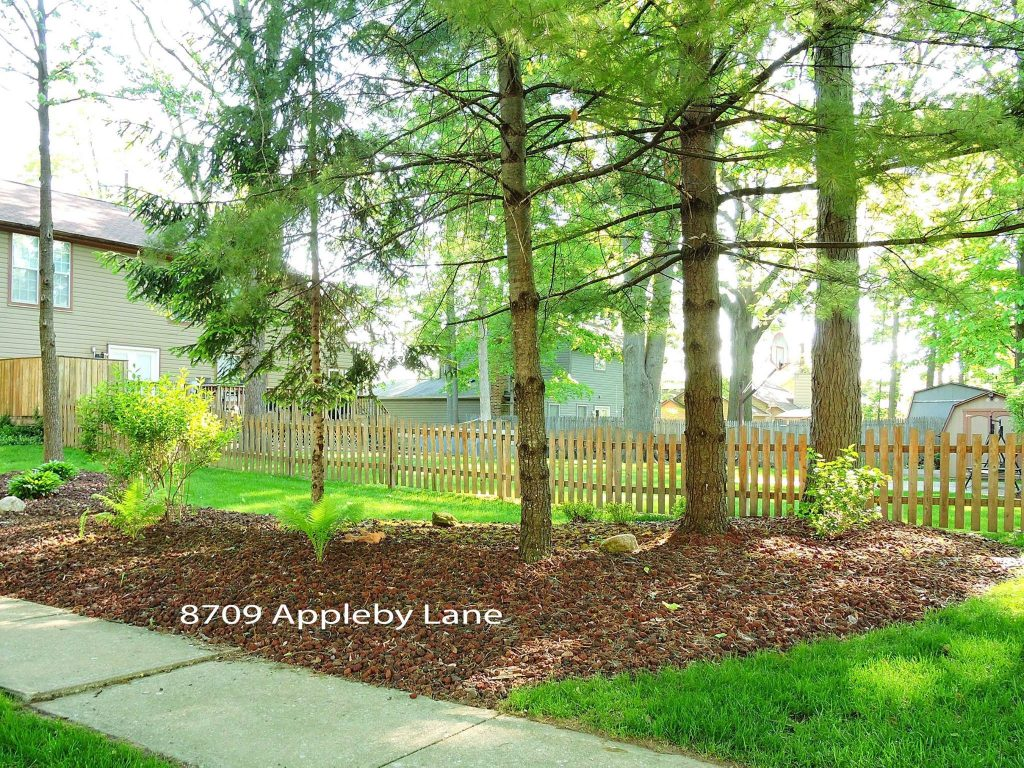 May 2017 Yard of the Month